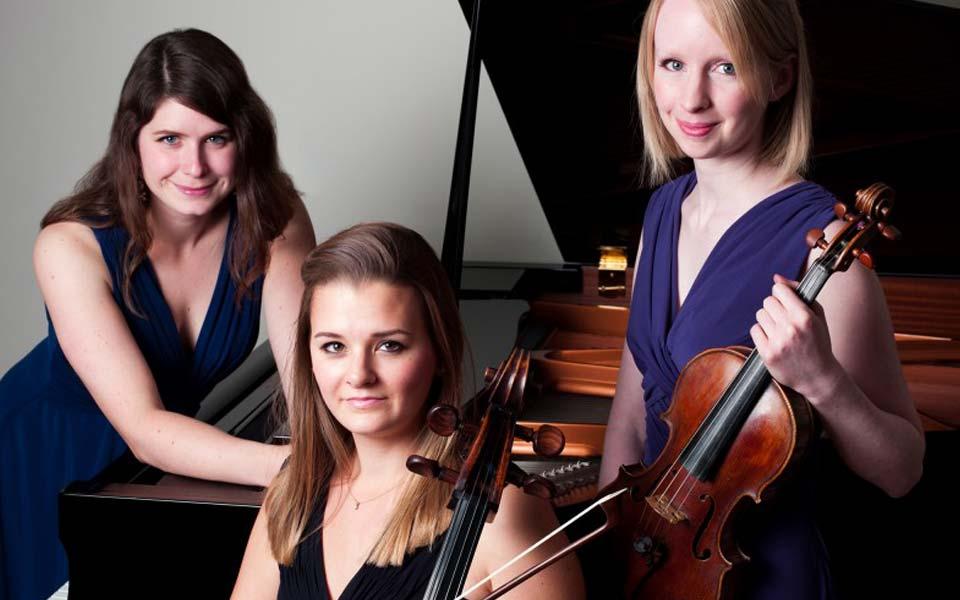 albany-piano-trio-apr16